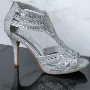 Shoes - Silver Dress Heels